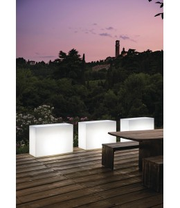 Jardinera lámpara Kube High Light