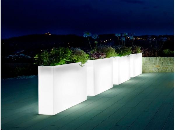 Jardinera lámpara Kube High Slim Light